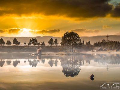 Schwarzl See Sonnenuntergang im Herbst
